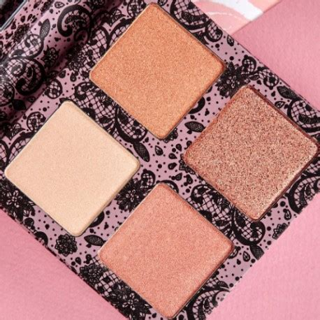 Creations Highlight Glowing Land Palette glow highlight palette creations 1 the makeup boxx