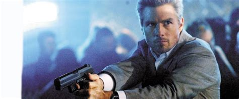 collateral  review film summary  roger ebert