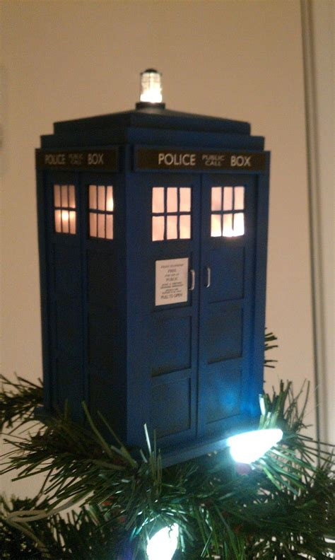 doctor who christmas diy diy tardis tree topper garland this is my next project doctor who tardis tree toppers