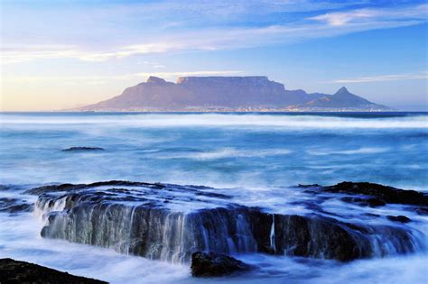 table top mountain south africa table mountain south africa top 10 must dos in cape town