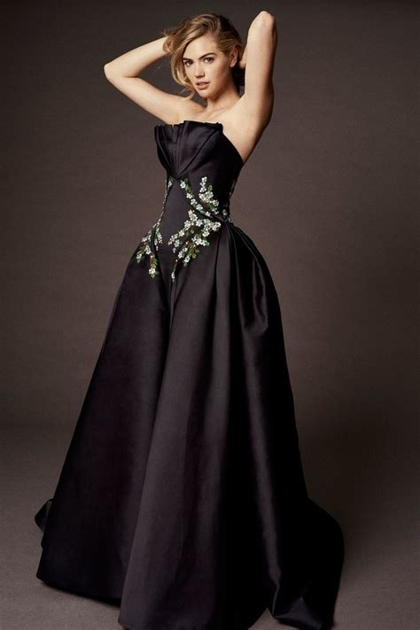 Catwalk To Carpet Bilson In Zac Posen by Best 25 Zac Posen Ideas On Batman Dress