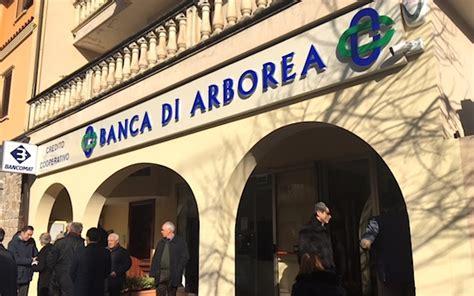 Banca Di Arborea Santa Giusta by Banca Di Arborea Va Controcorrente E Investe Per Le