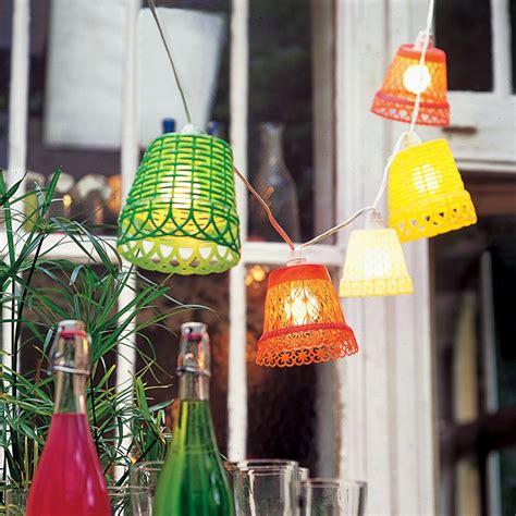 Délicieux Marie Claire Idees Jardin #2: cache-pot-lampion-plastique.jpg