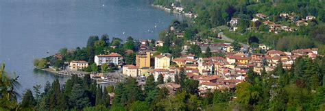 lago maggiore porto valtravaglia file porto valtravaglia panorama jpg wikimedia commons