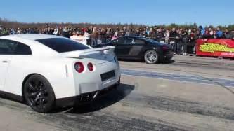 Audi R8 Vs Nissan Gtr Nissan Gt R Vs Audi R8 V10 1 4 Mile