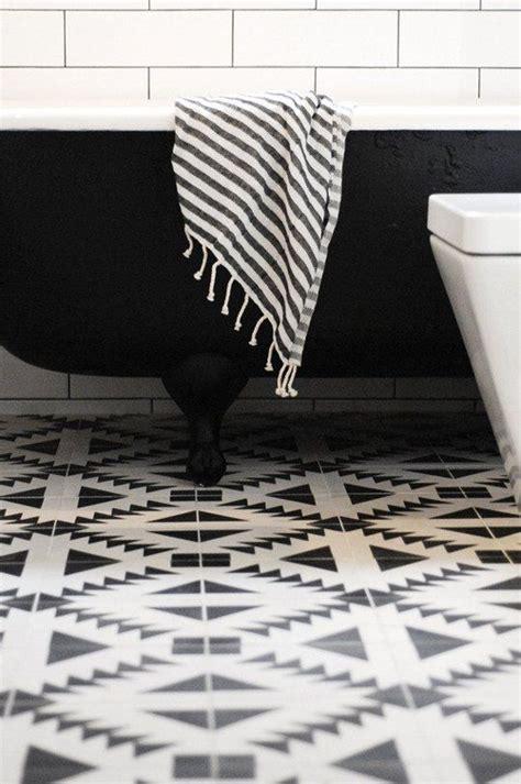 black and white pattern kitchen floor czarno biała łazienka agnieszka buchta architektura wnętrz
