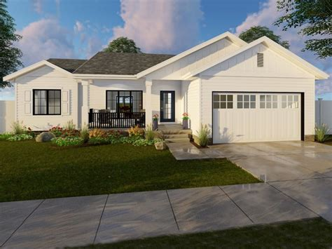 starter house plans starter home plan with traditional