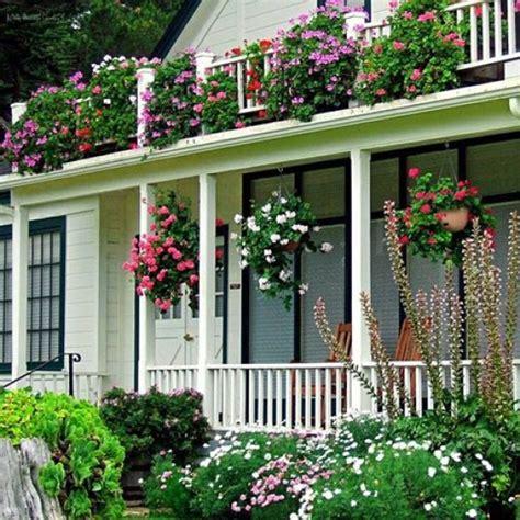 imagenes de jardines llenos de rosas imagenes de casas con jardines