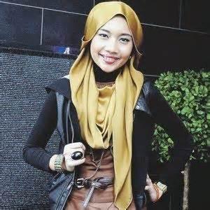 Yuna Abu cara pakai shawl satin yuna oh kiji sumber bacaan dan