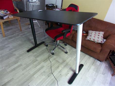 ikea pied de bureau achat d un bureau assis debout bekant chez ikea de tournus