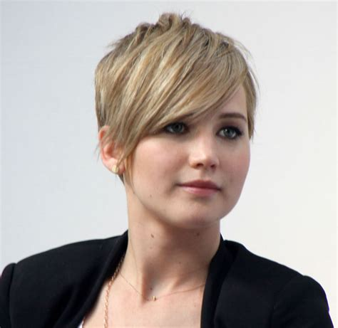 j laws short hair jennifer lawrence explains pixie cut my hair couldn t get