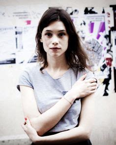 astrid berges frisbey speaking french 192 strid berg 232 s frisbey as carla in quot sex of angels quot 2012