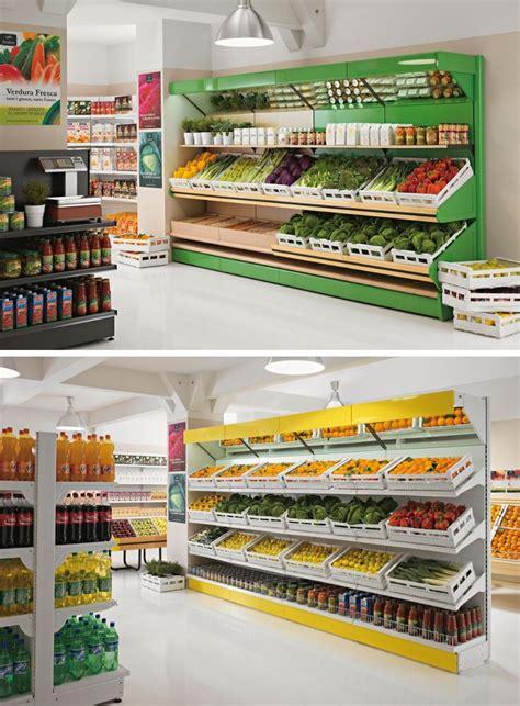 arredamenti per negozi scaffalature in legno per negozi