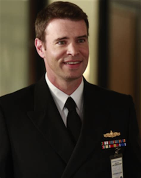 scott foley on why you probably won t see a felicity reunion movie e news scott foley signed as regular on scandal for season 3