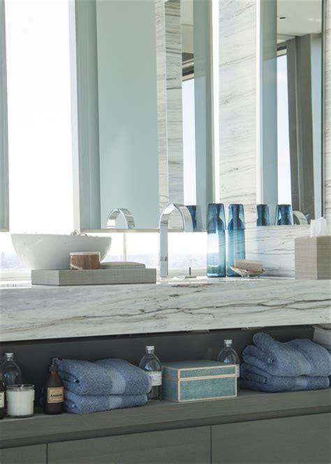 tom brady bathroom vanity plates tom brady and gisele bundchen s nyc