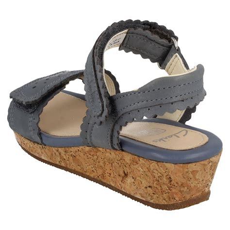 Jr Wedges Import 3 infant junior clarks sandals with wedge heel harpy myth ebay