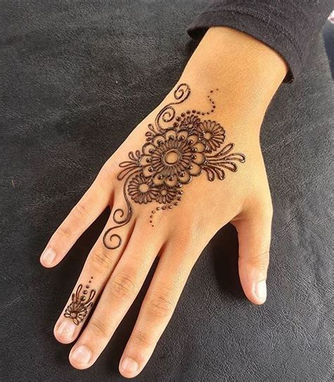 henna tattoo easy ideas 25 best ideas about mehndi designs on pinterest designs