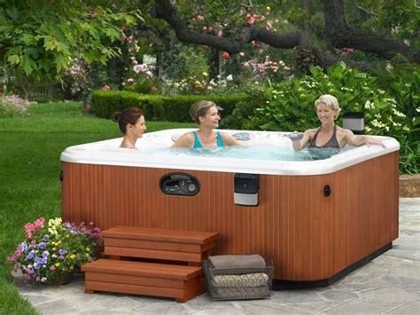 manutenzione vasca idromassaggio vasche idromassaggio da esterno piscine fuori terra