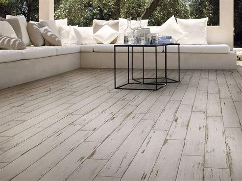 pavimenti in ceramica effetto legno prezzi gres porcellanato effetto legno