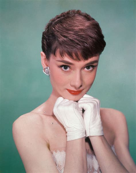 how to style audrey hepburn sabrina pixie cut pixie dream girls beyonc 233 joins the short hair club