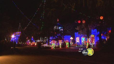 fresno family wins great christmas light fight abc30 com