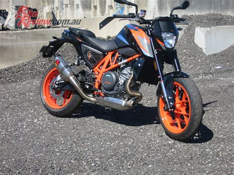 Ktm Duke Bike 2016 Ktm 690 Duke R Review Bike Review