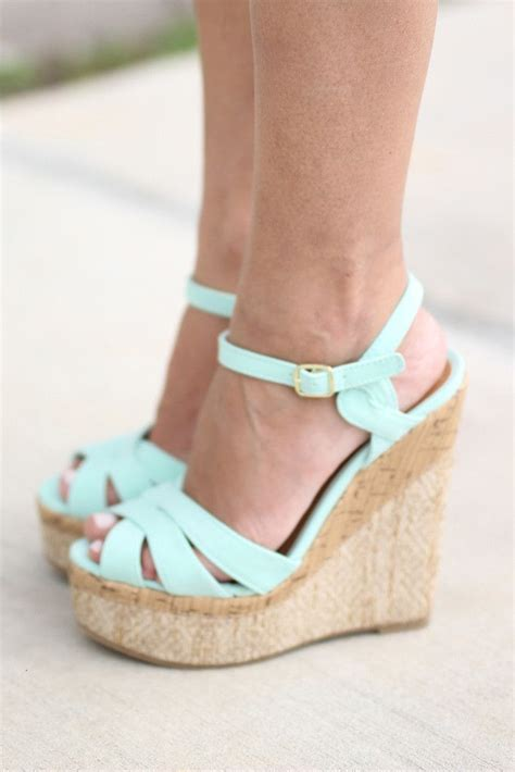 mint colored heels best 25 mint heels ideas on turquoise heels