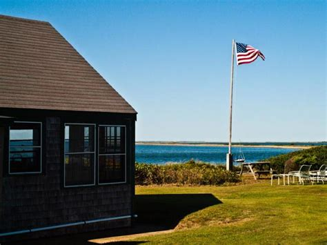 Chappaquiddick Island Golf The Vineyard Gazette Martha S Vineyard News No Fore Is Forever Chappy Golf Course Goes On