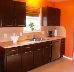 brown paint colors for kitchen cabinets 17 best ideas about brown painted cabinets on