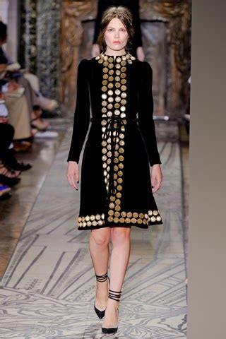 Runway Report Valentino Couture by Runway Report Valentino Haute Couture A W 2011 Nick