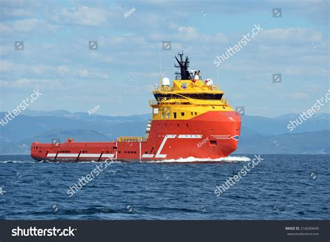 tugboat pics tugboat stock photo 216690649 shutterstock