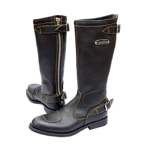 motorcycle boots near gasolina boots