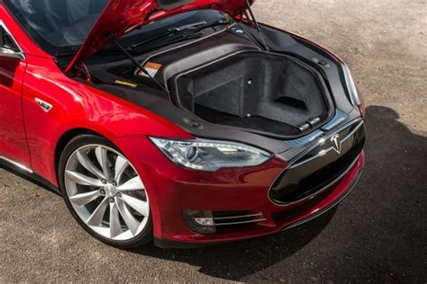 Car Model Tesla Tesla Electric Cars Quality Issues But Owners
