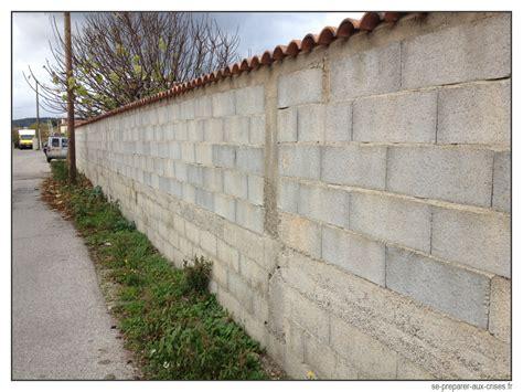 Cacher Un Mur En Parpaing by Cacher Un Mur En Parpaing Dudew