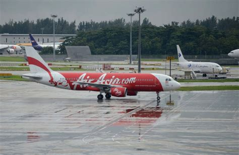airasia safety asian airlines boom creating pilot shortage safety
