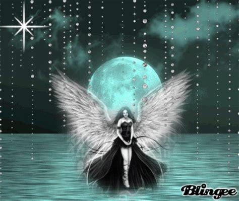 amor gotico fotograf 237 a 115633565 blingee com imagenes espectaculares de angeles goticos en hd im 225