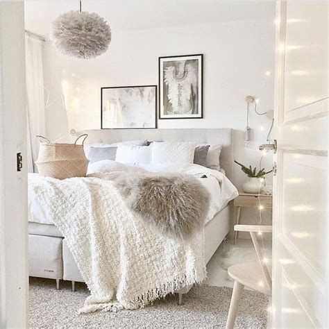 cute white bedrooms 25 best ideas about cozy white bedroom on pinterest white bedroom decor white