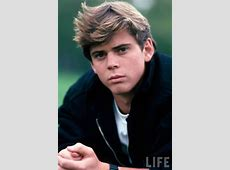 Hollywood Show - Celebrity Autographs Signing Convention ... C. Thomas Howell In The Outsiders