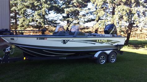 walleye boats for sale in mn brian bodays lund boat for sale on walleyes inc