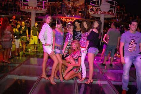 catamaran party boat bodrum bodrum nederlanders in turkije