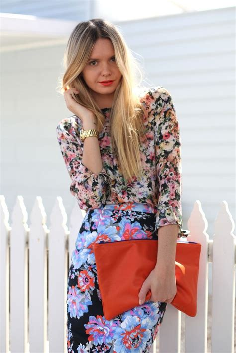 Skirt And Blouse Combinations by What Shirts To Wear With Floral Print Skirts Fashion