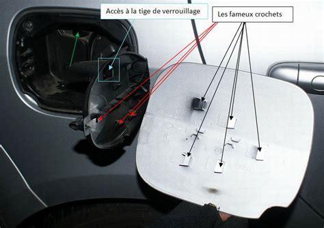Comment Debloquer Une Porte De Voiture by Probl 232 Me D Ouverture De Trappe A Carburant Clio 3