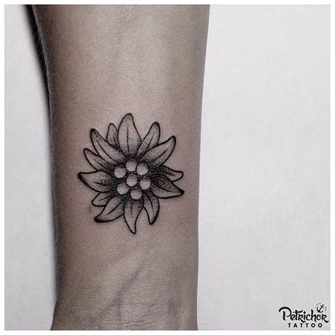 edelweiss tattoo design edelweiss tattoos tatoo and tatting