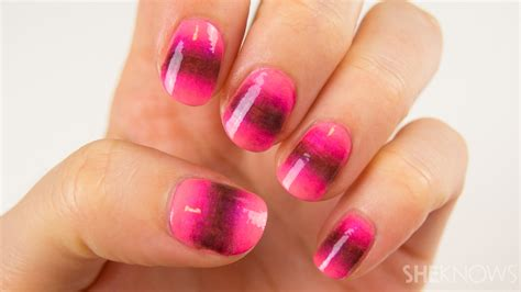 ombre nail design nail art tutorial a new take on the ombre nail design