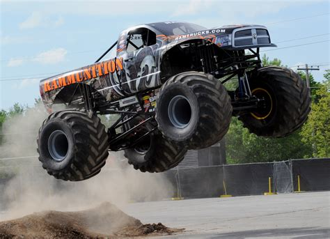cool monster truck videos monster truck monster truck trucks 4x4 wheel wheels d