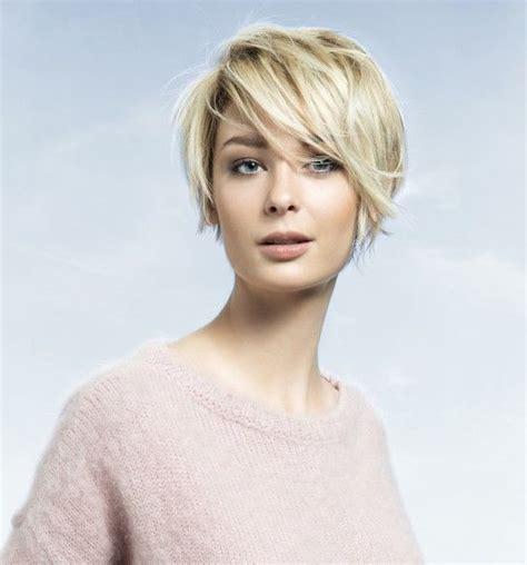 short hair styles from chicago il oltre 25 fantastiche idee su capelli corti 2015 su