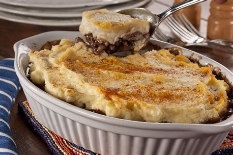 cottage pie simple easy cheesy cottage pie mrfood