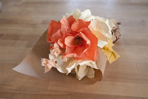 paper flower bouquet pattern 20 diy crepe paper flowers with tutorials guide patterns