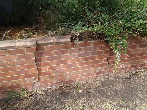 Retaining Wall Bricks Mal Wright Pest And Building Inspections Purchase With