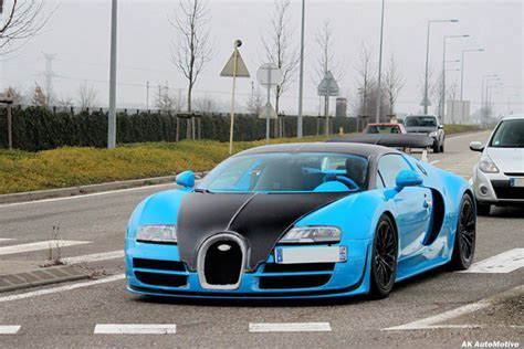 New Bugatti Veyron 16.4 SuperSport is blue!